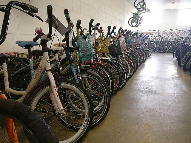 Ruim assortiment gebruikte fietsen.